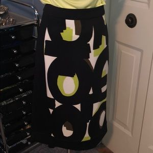 Worthington sz 12 skirt green black